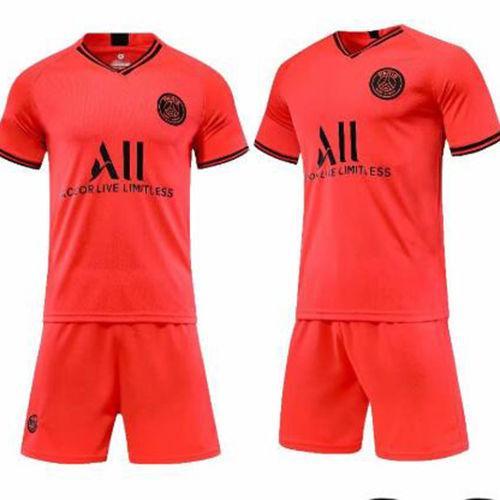 足球運動服 14