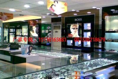 眼鏡展示櫃 3