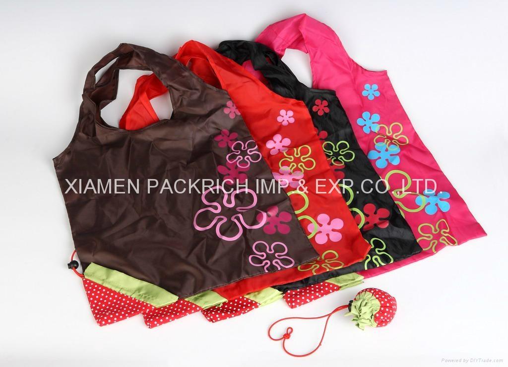 polyester fruit shape foldable gift bags 1