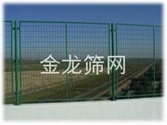 河北專業生產公路護欄網廠家PVC草坪護欄塑鋼護欄