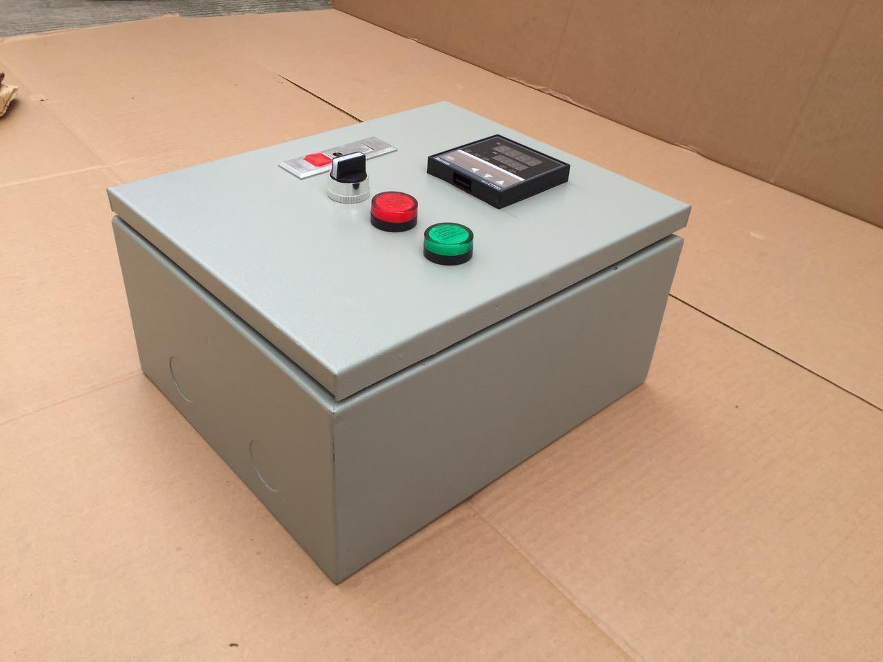 Liquid heater temperature control box  2