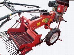 POTATO HARVESTER MATCH FOR POWER TILLER(LP178)