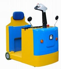 站驾式电动牵引车