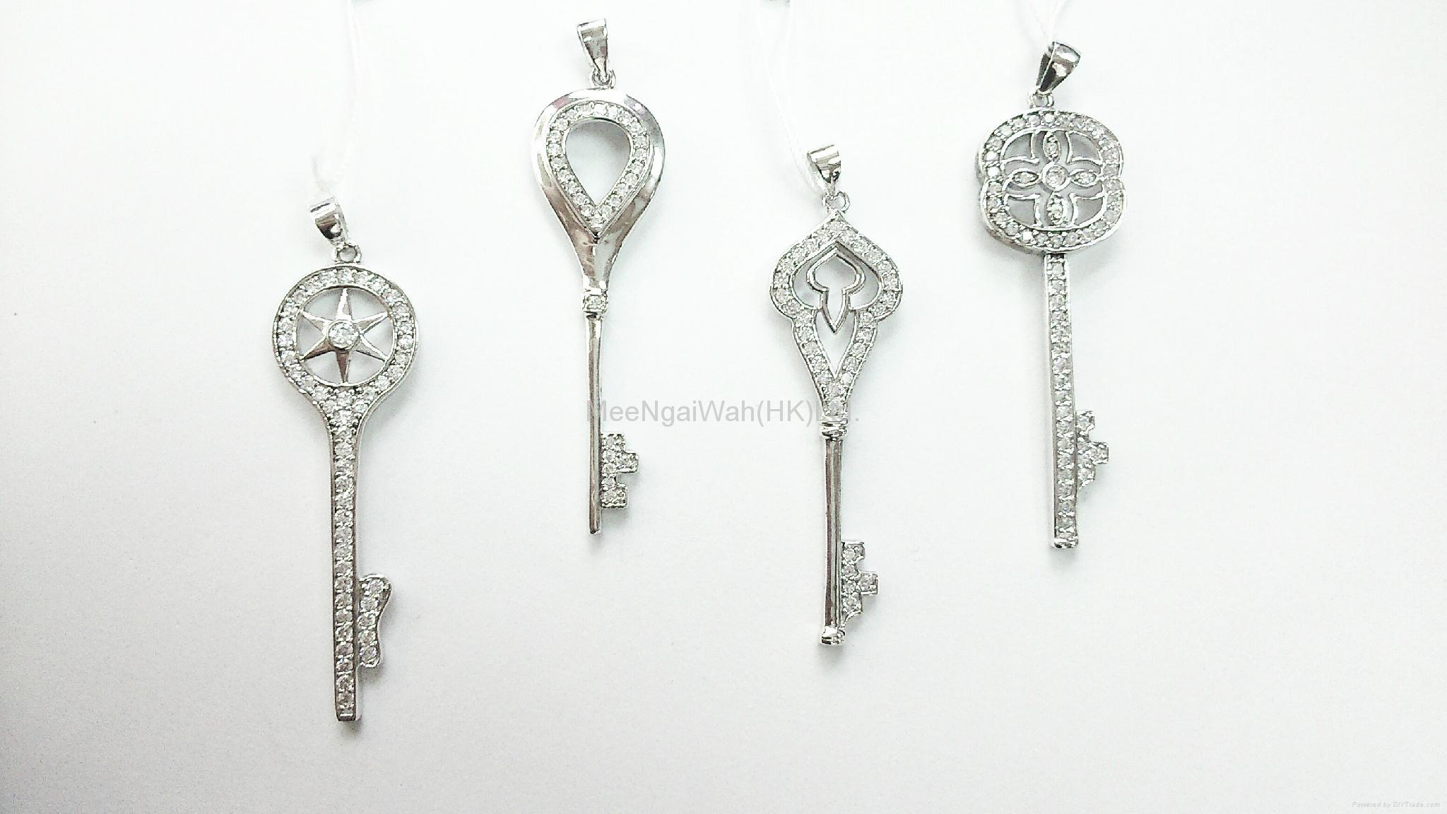 女装纯银饰品 [蝴蝶/ 十字架] 18