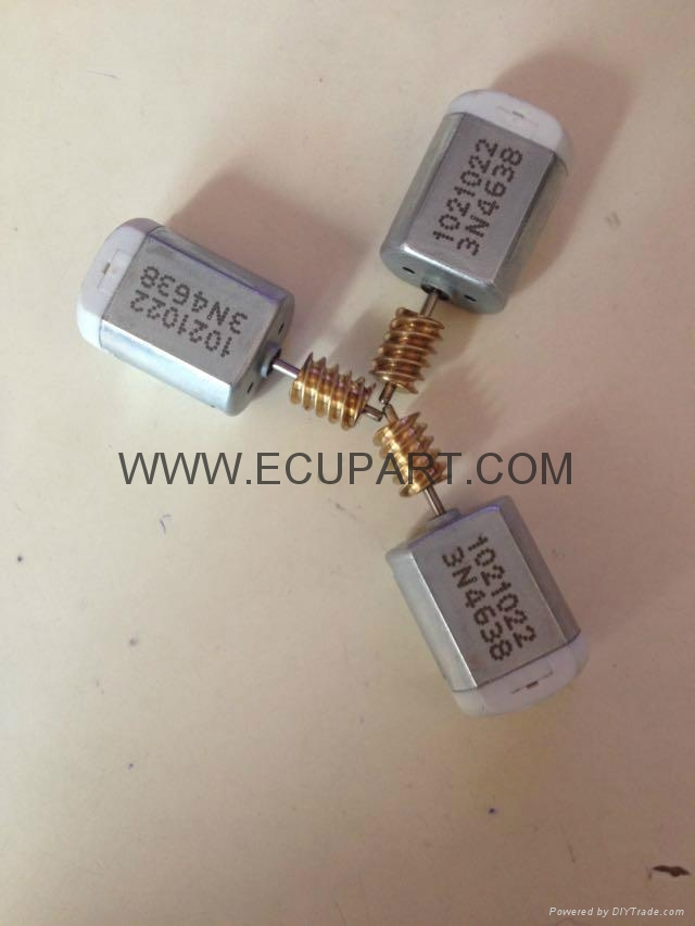 福特马自达福克斯M3车门锁电机中控锁电机锁块闭锁器电机 蒙迪欧 1