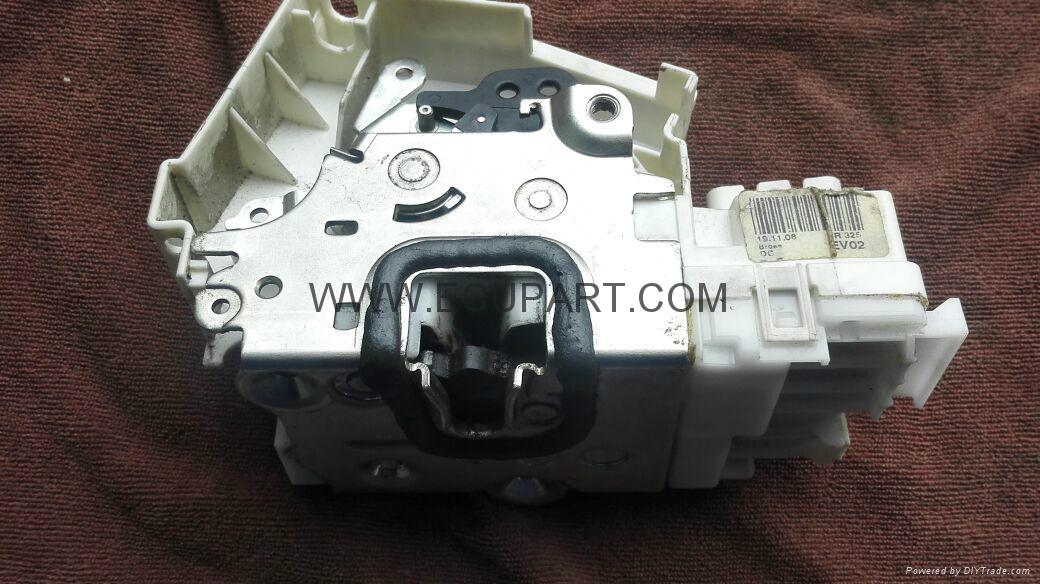 Mercedes benz door locks motors w251 r300 r350 r400 r500l for Mercedes benz ml350 door lock actuator
