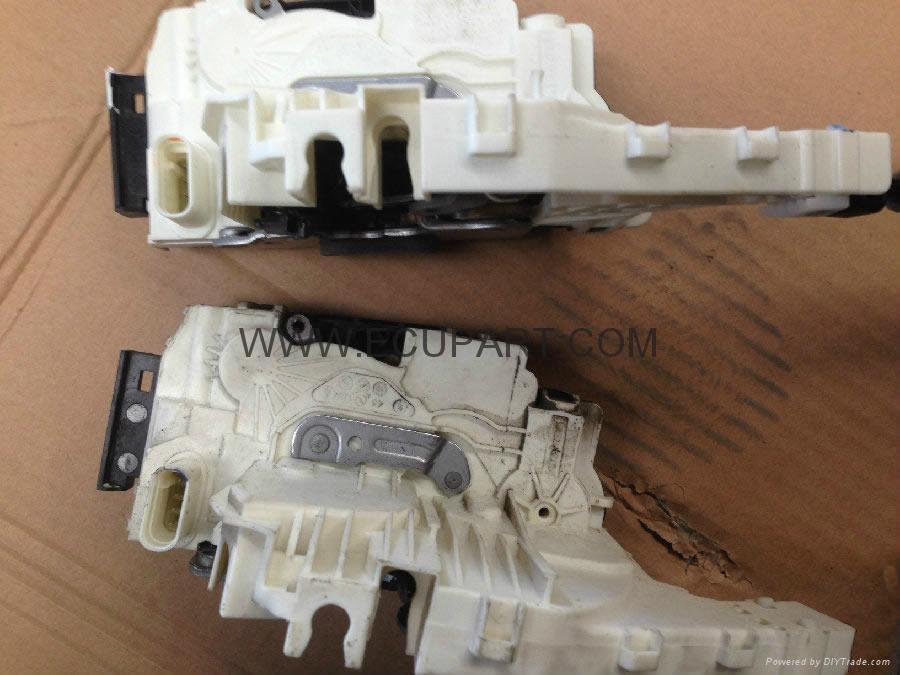 奔馳W204 GLK200 GLK260 GLK300 GLK350門鎖塊 中控鎖 奔馳門鎖 車門鎖塊 2