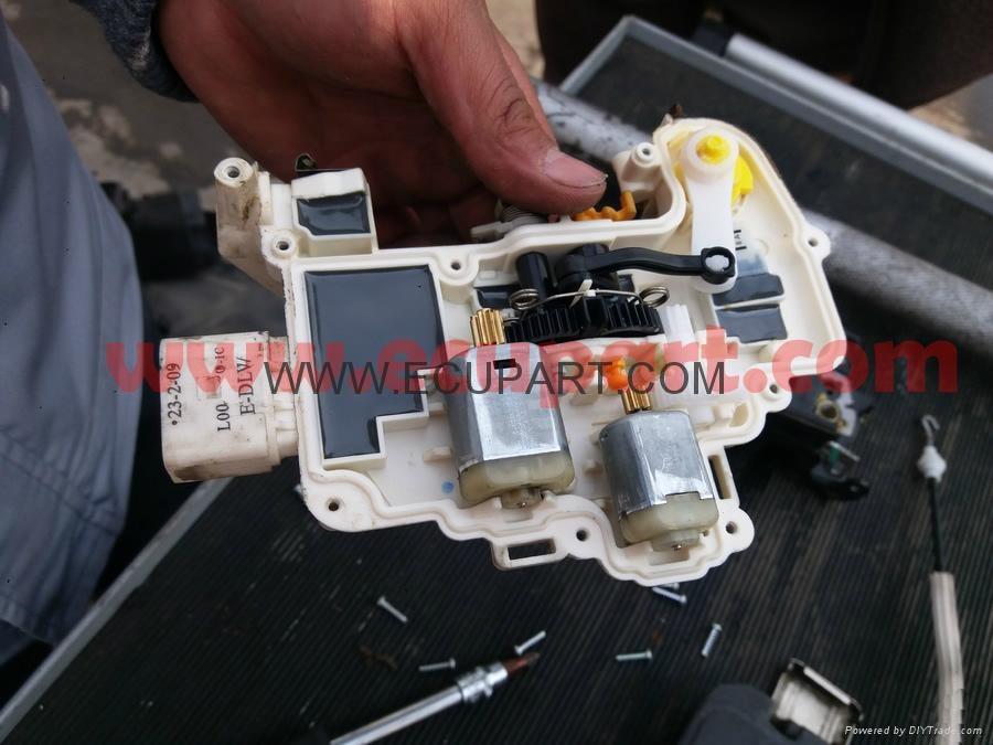 奧迪A6L車門鎖電機 A6L鎖塊電機 A4L中控鎖馬達 A6L閉鎖器電機 3