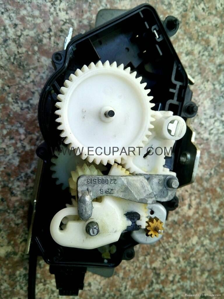 奔馳R280 R300 R350 R500 R630後備箱鎖馬達 後備箱鎖電機 3