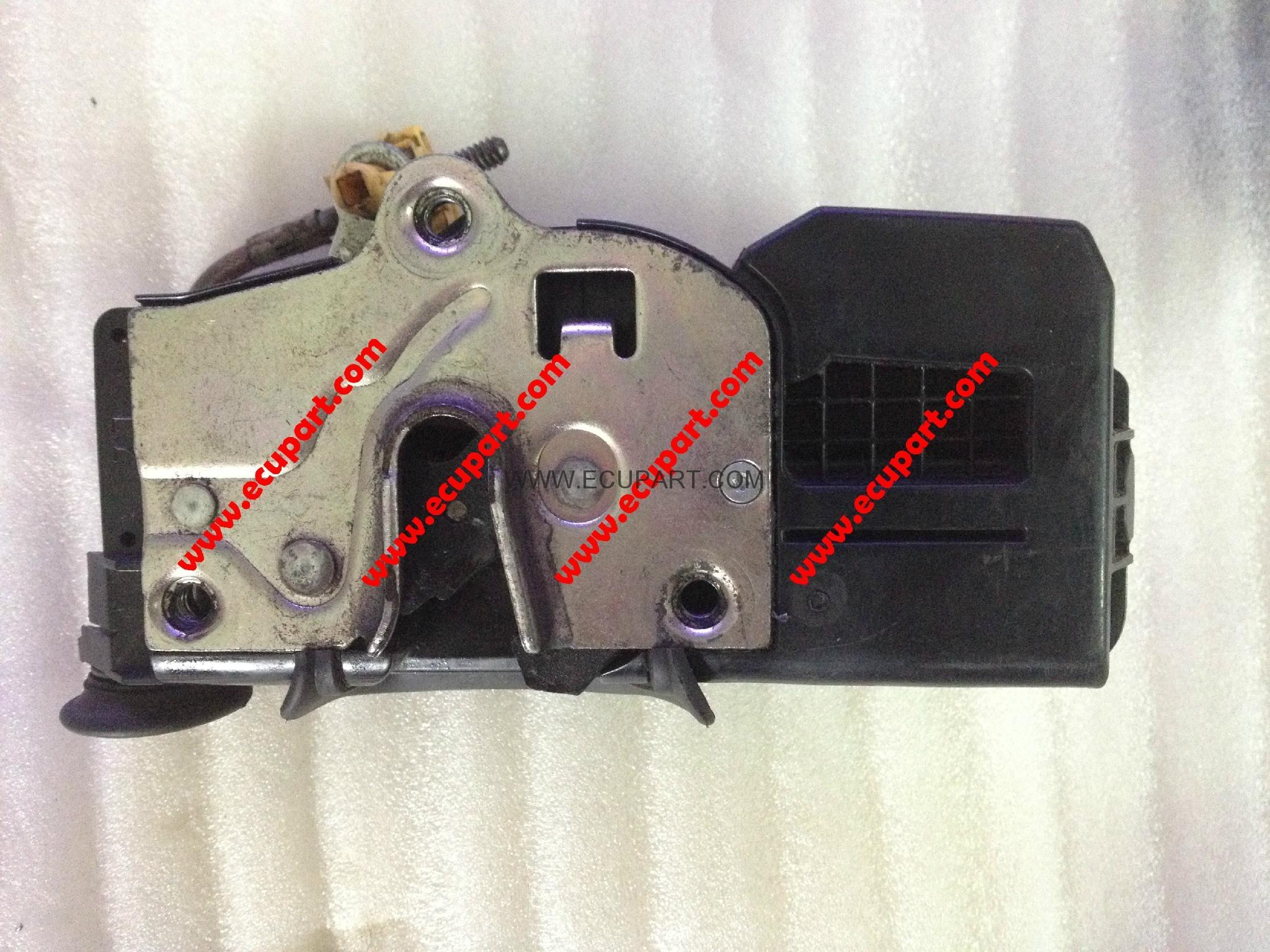 凱迪拉克車門鎖塊電機馬達CTS閉鎖器ATSL/CT6/SRX/XTS/XT5賽威SLS 2