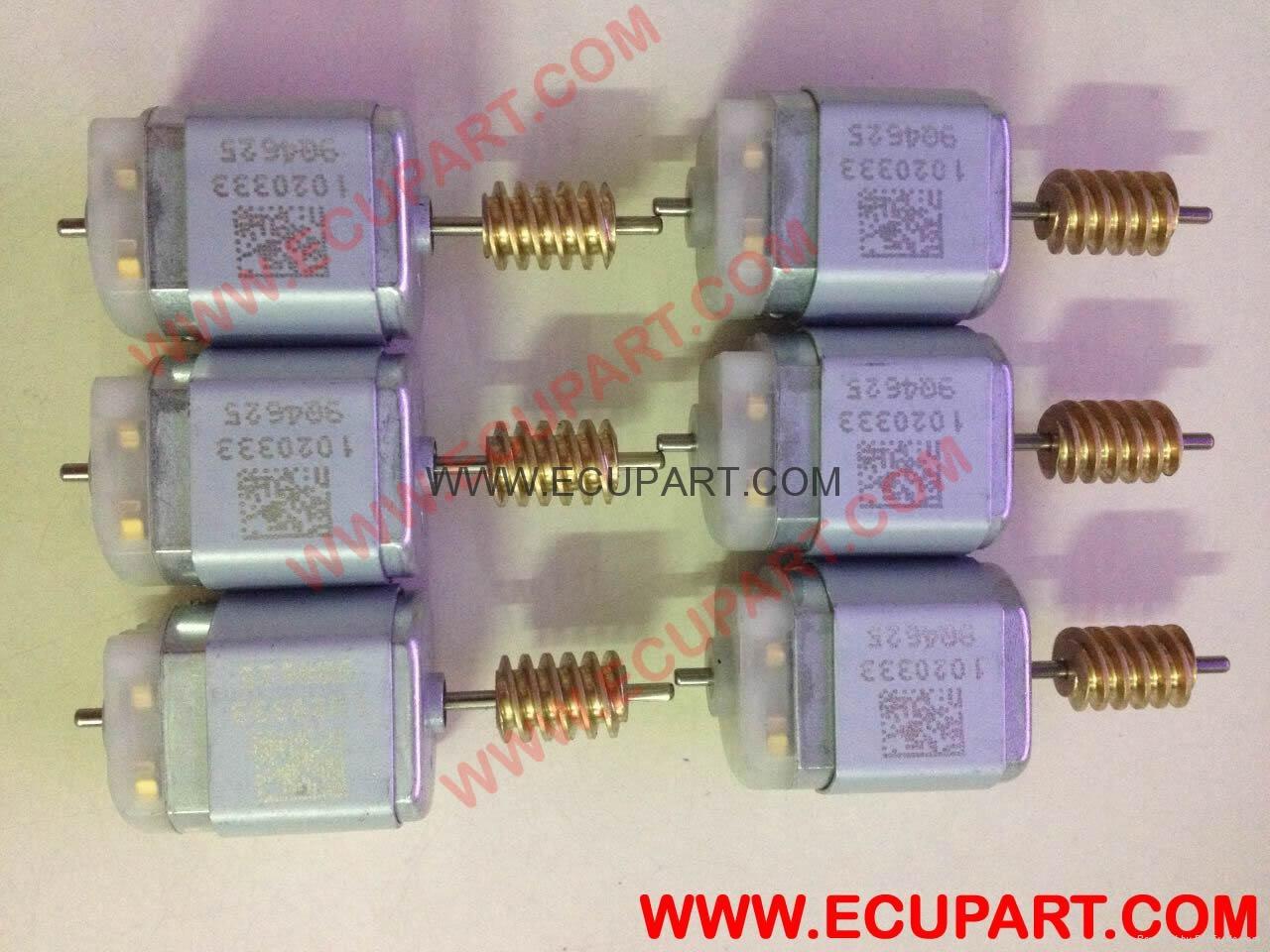 奔馳E系E200 E220 E250 E260 E300 E320 E350 E400 E500方向盤鎖電機 1