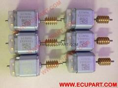 奔驰E系E200 E220 E250 E260 E300 E320 E350 E400 E500方向盘锁电机