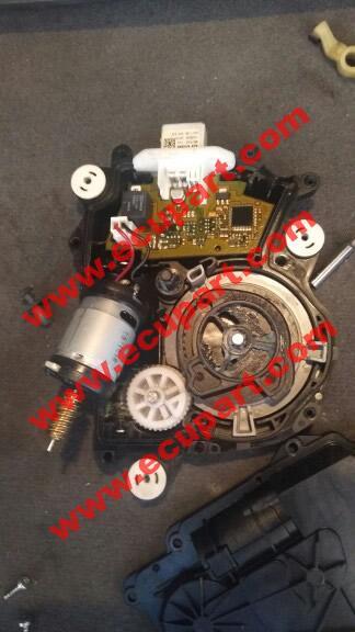 寶馬F02後備箱自吸電機 7系 730li 740li X3尾門電吸馬達 X4門吸馬達 3