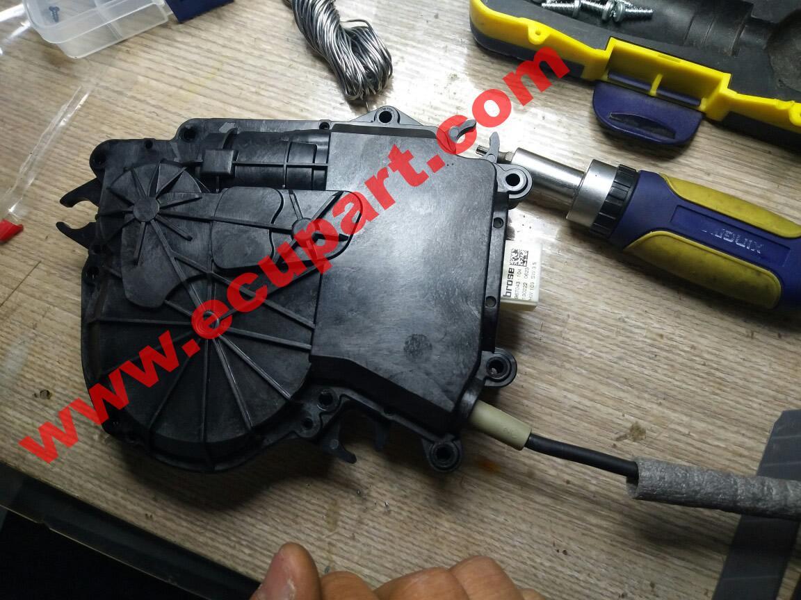 寶馬F02後備箱自吸電機 7系 730li 740li X3尾門電吸馬達 X4門吸馬達 5