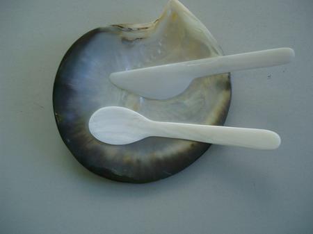 白色珠母贝壳碟 2