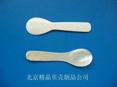 厂家直销供应各种尺寸,和造型的鱼子酱贝壳勺100 件起订