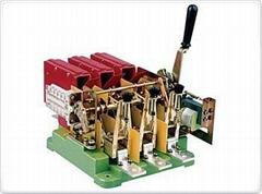 DW16 universal Circuit Breaker