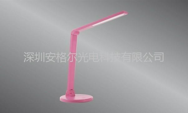 LED學生臺燈 2