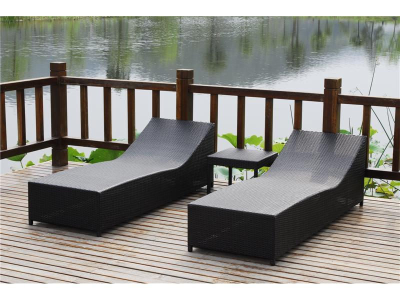outdoor sofa bed metal beach bed rattan lounge chair t014 akando china manufacturer. Black Bedroom Furniture Sets. Home Design Ideas