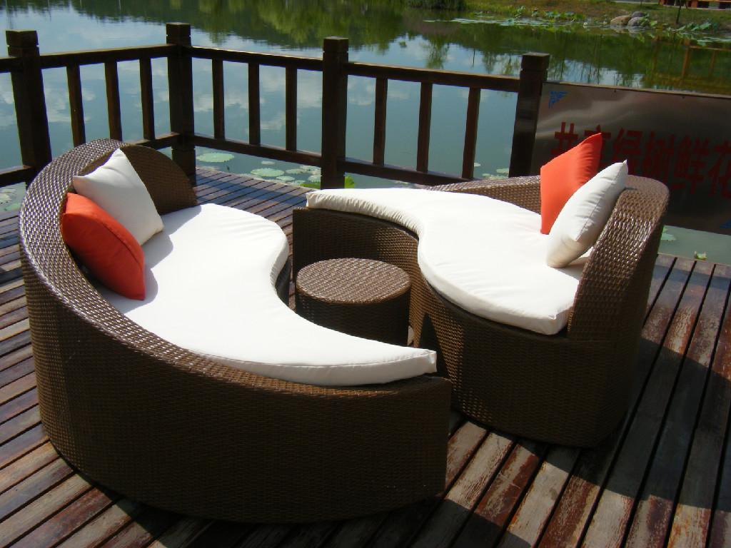 unique design rattan beach chair outdoor lounge chair. Black Bedroom Furniture Sets. Home Design Ideas