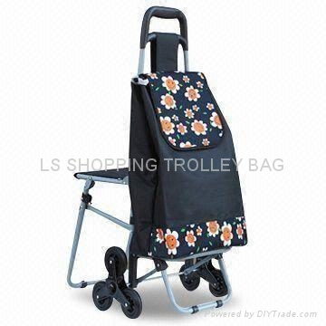 shopping trolley with three wheel and seat 1