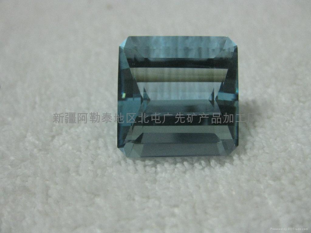 新疆海蓝宝石裸石 1