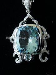 (   )新疆方形海蓝宝石吊坠(特惠价)