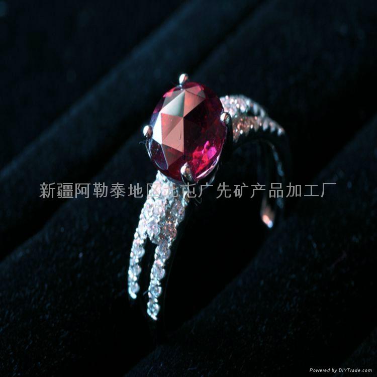 新疆特優品紅碧璽女戒(此款僅一枚) 1