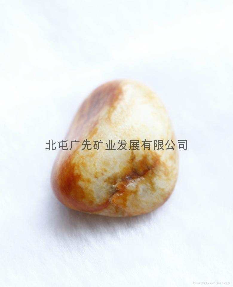 新疆和田产优质天然和田玉籽料原石雕刻吊坠(国庆活动款) 3