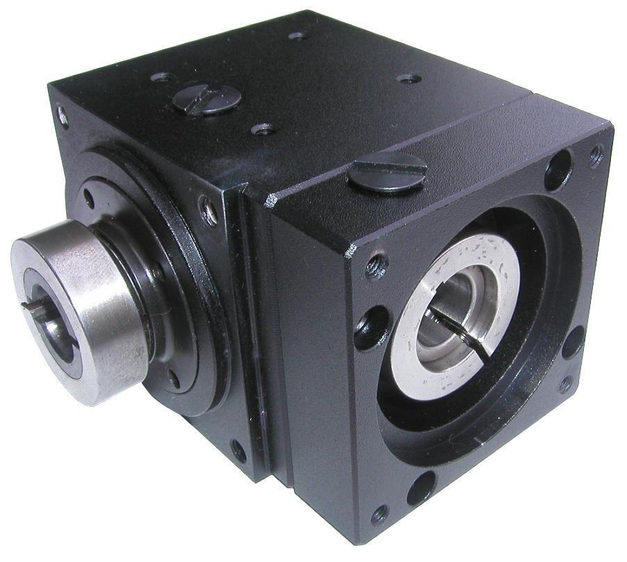 Right angle gear box for servo motor tpc taiwan for Industrial servo motor price