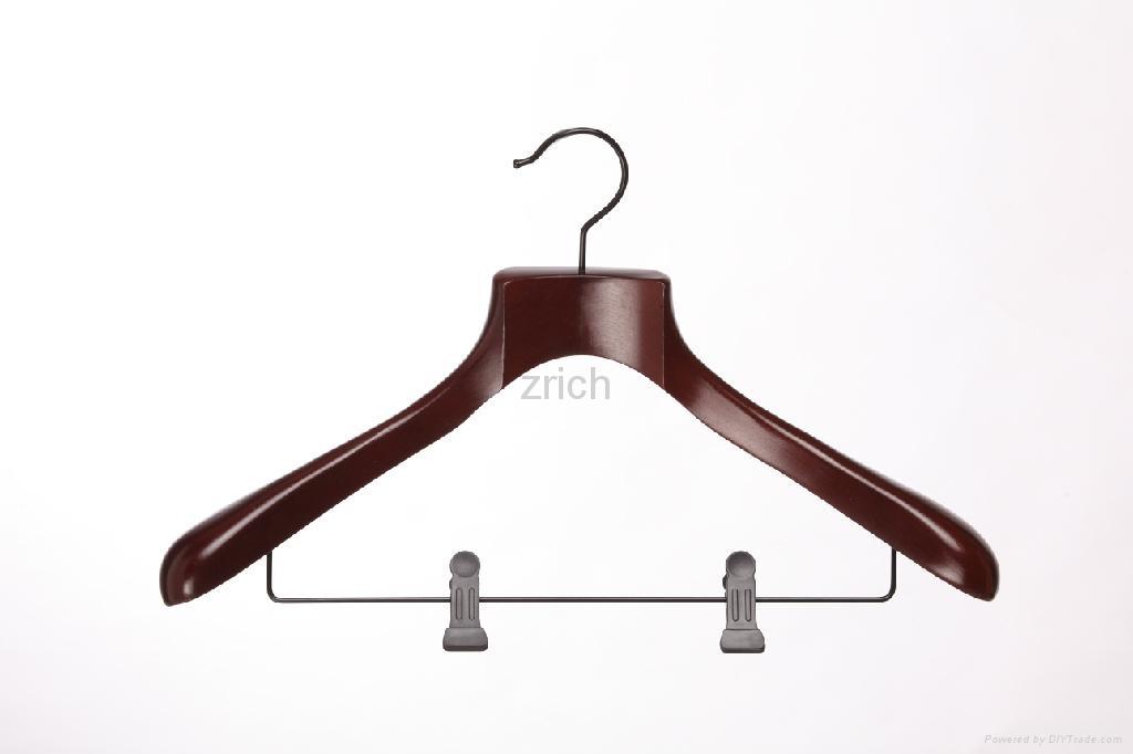 荷木 木衣架 4