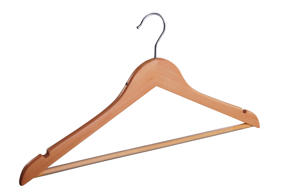 Low prices China Factory Wooden Hanger Wooden Clothing Hangers With Wood Bar  1