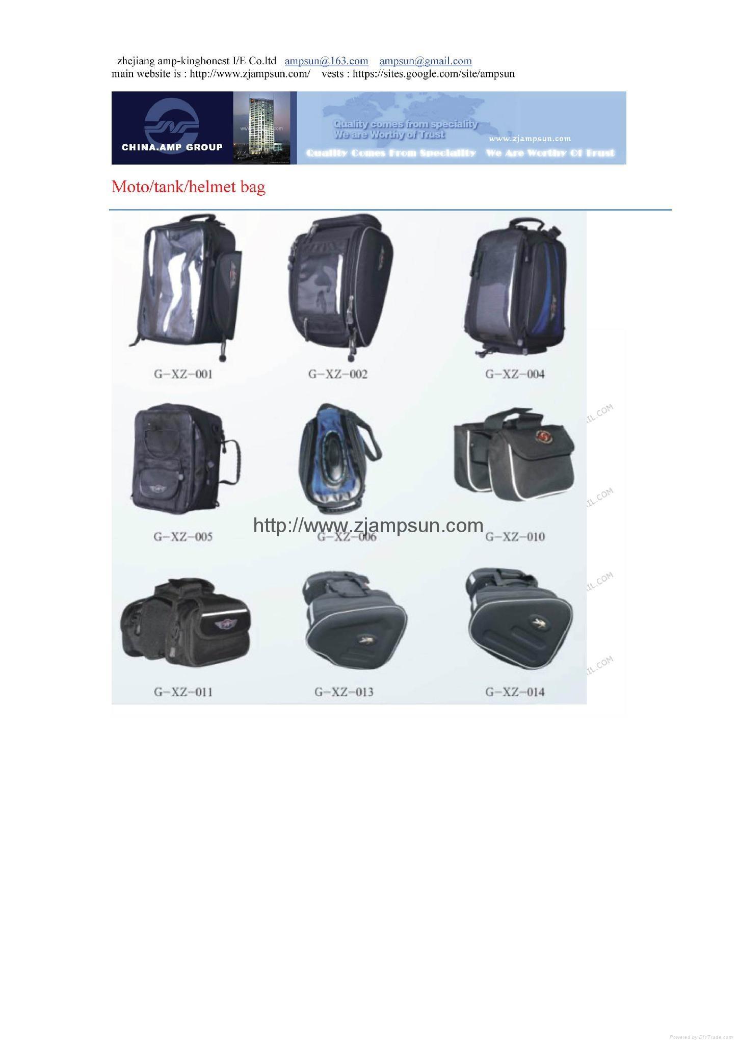 Moto tank helmet bag
