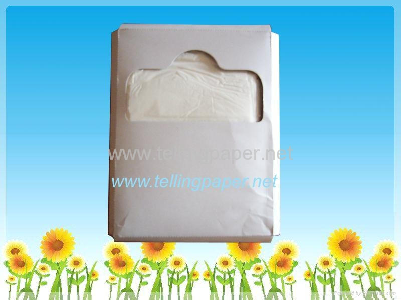 1/4 Fold Toilet Paper Seat Cover 1