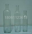 Olive oil bottles 4
