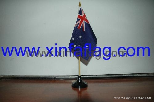 desk flag 3