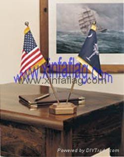 desk flag 2