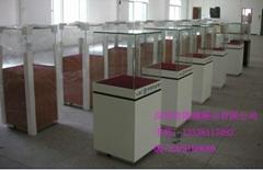 銀行展示櫃