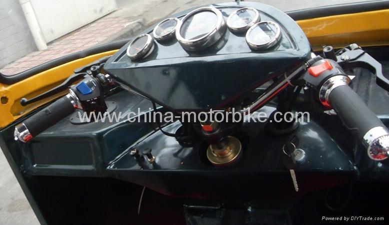 CNG 3 wheels rickshaw 2