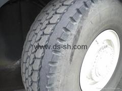 出售日本原裝普利司通輪式起重機專用輪胎