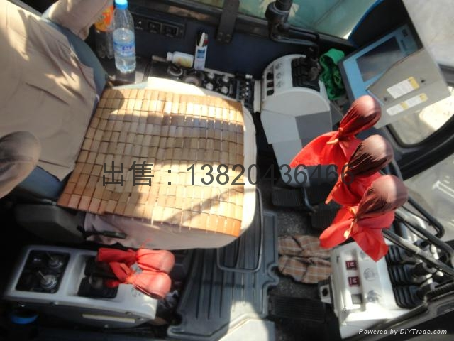 出售石川岛200吨履带起重机 1