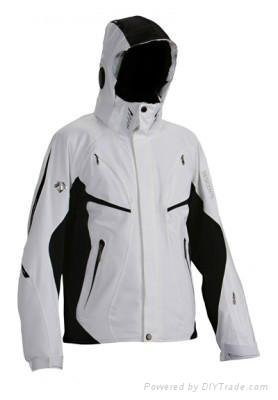 hiking clothing  2