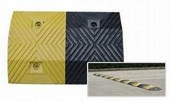 北京梯型橡膠減速板