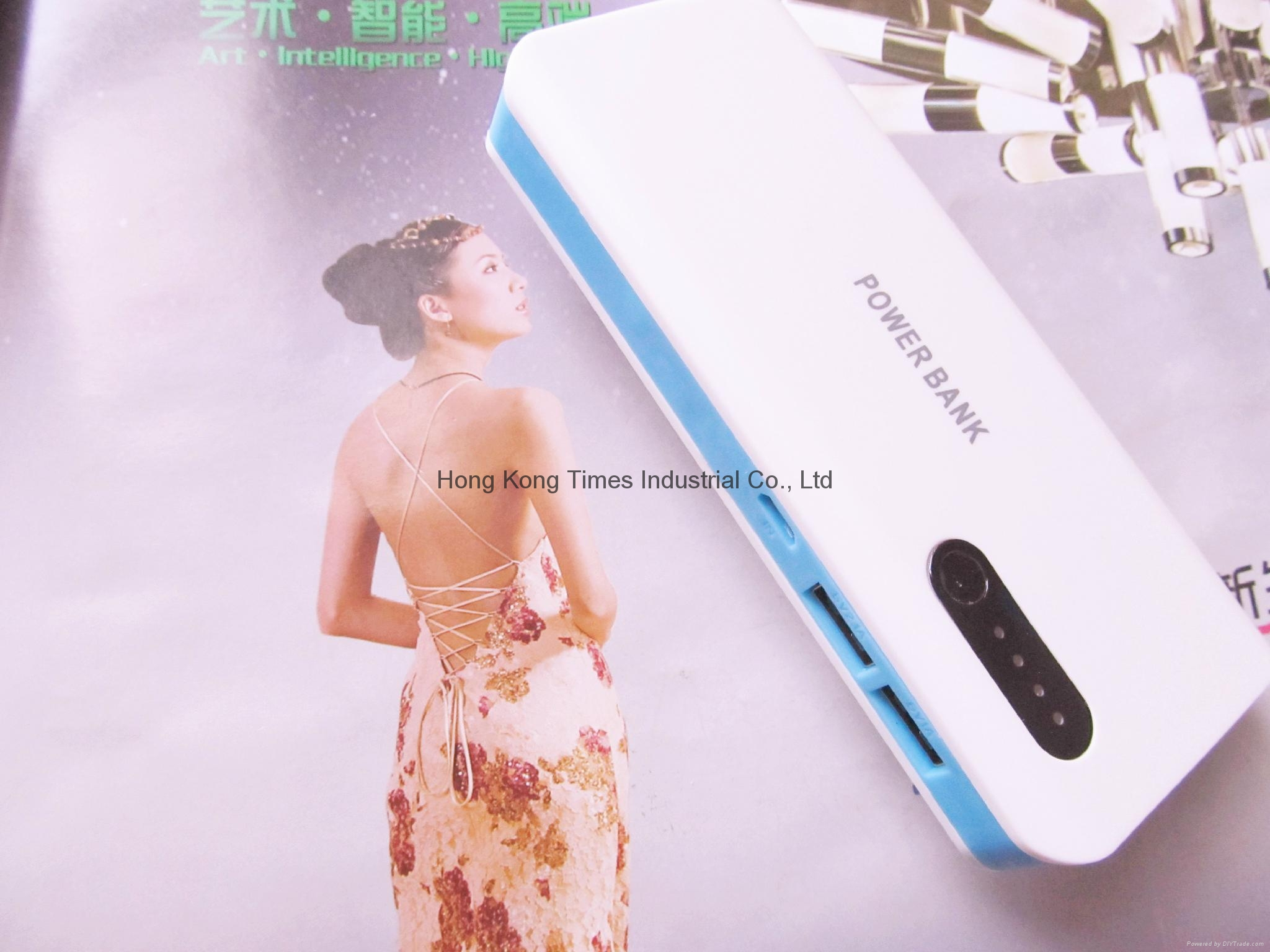 USB Solar Charger Power Bank Travel External Battery charger for samsung iphone6 4