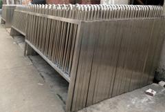 Foshan Jinan stainless steel door factory produces 316 stainless steel railings