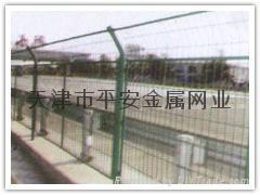 天津做护栏网 2