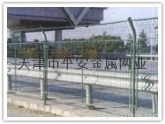 天津做護欄網 4