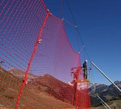 滑雪場防護網杆