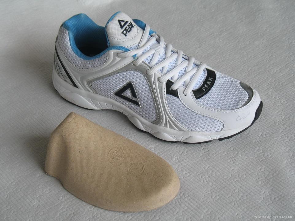 纸鞋撑设备  3