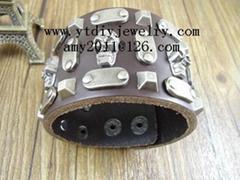 Fashion vintage punk leather bracelets